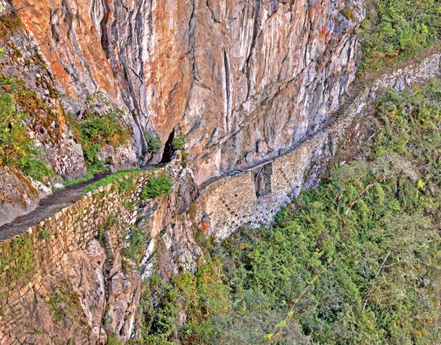 Inca Bridge - Machu Picchu Hiking Tours