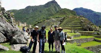 Hiking The Sacred Valley 3D To Machu Picchu
